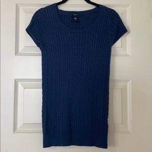 GAP navy short sleeve sweater